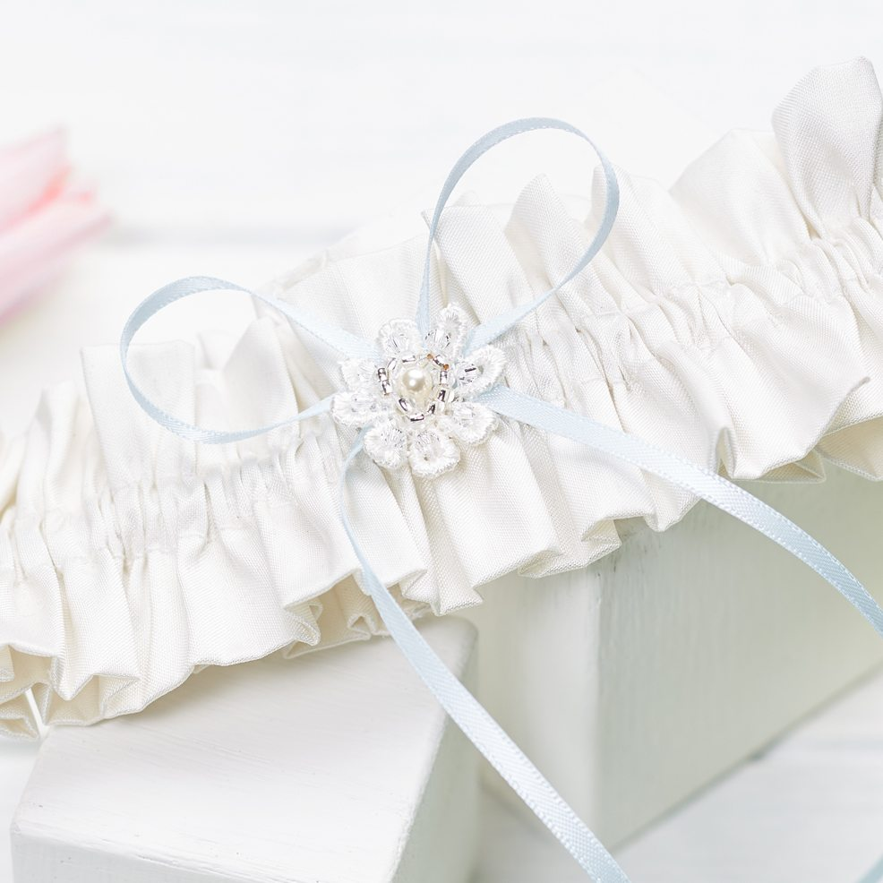 Abigail-wedding-garter-silk-bridal-garter