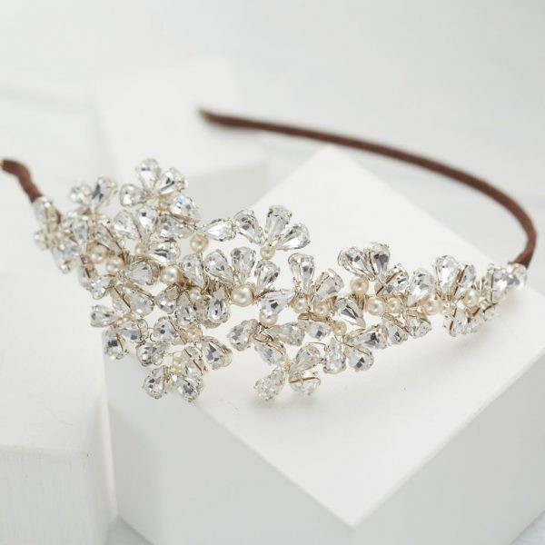 chloe-headpiece-winter-wedding-crystals