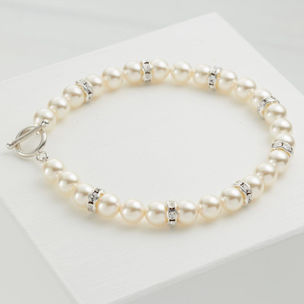 Pearl-toggle-clasp-bracelet-wedding-jewellery