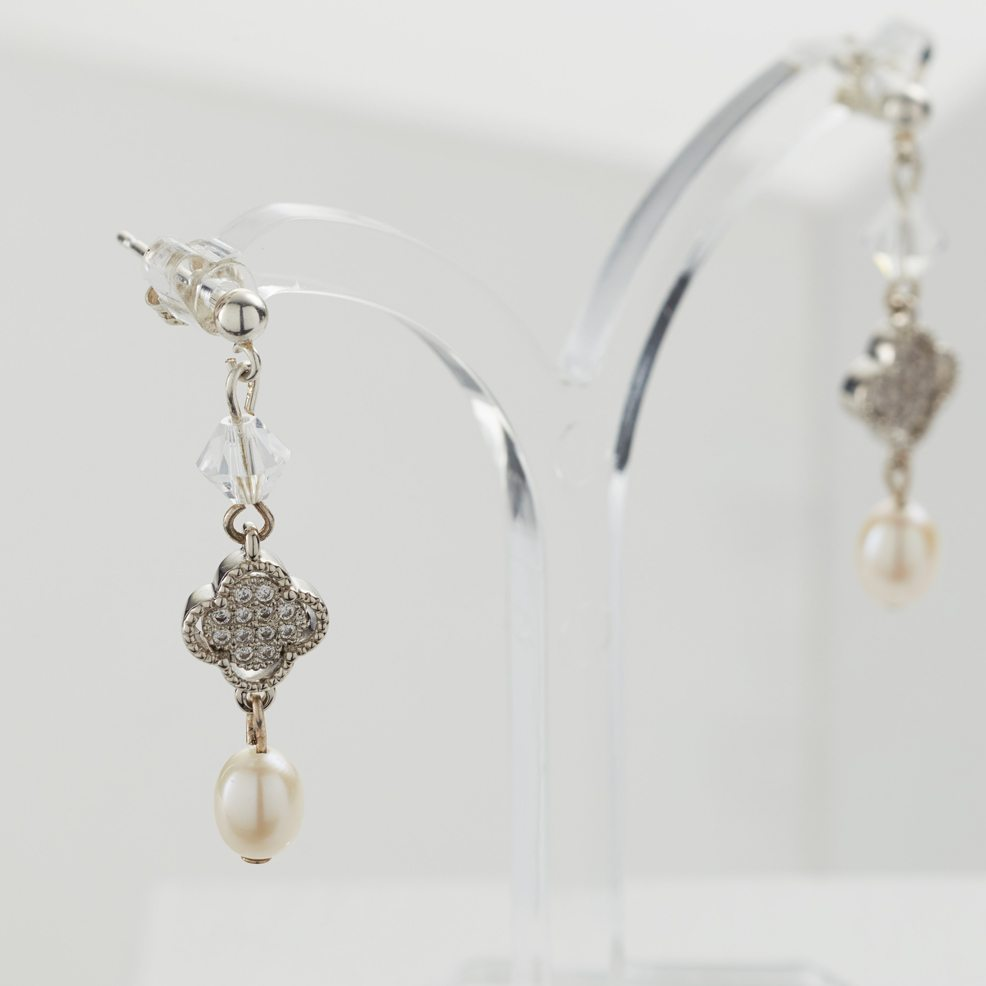 Hayley-earrings-wedding-jewellery