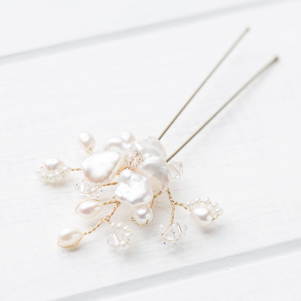 Lilia-Hairpin-freshwater-pearls-swarovski-crystals