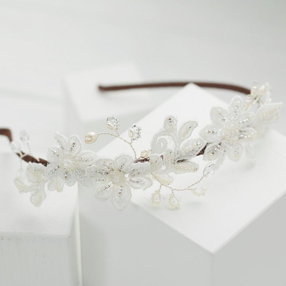 naomi-lace-headpiece