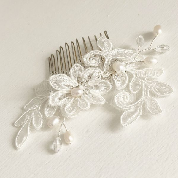 sale-lace-wedding-comb
